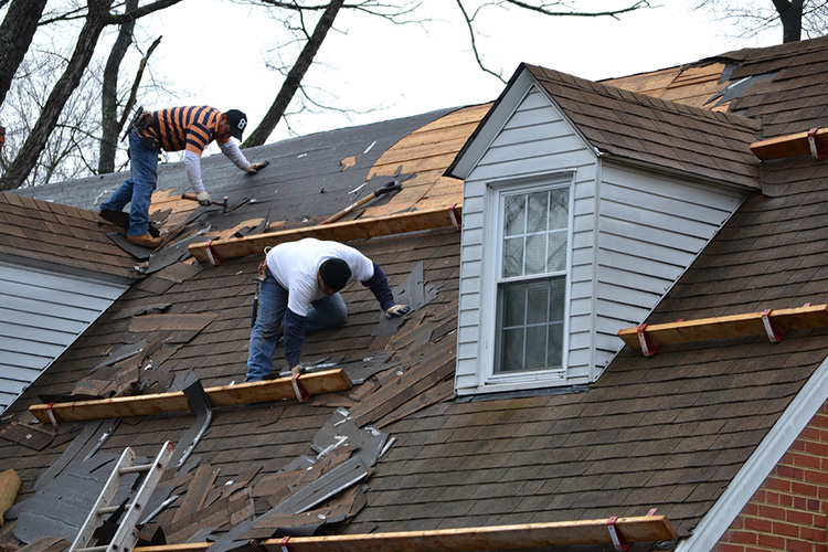 5 Signs it's Time to Replace Your Roof!